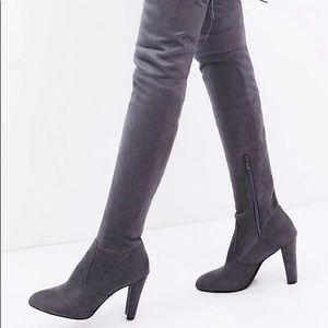 Over da Knee Stretch Boot Heels